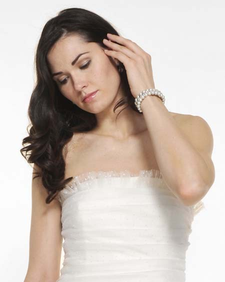 rent bridal jewelry - diamond and pearl jewelry