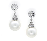 bridal jewelry: Pearl Drop Earrings | Rental Price - $130.00